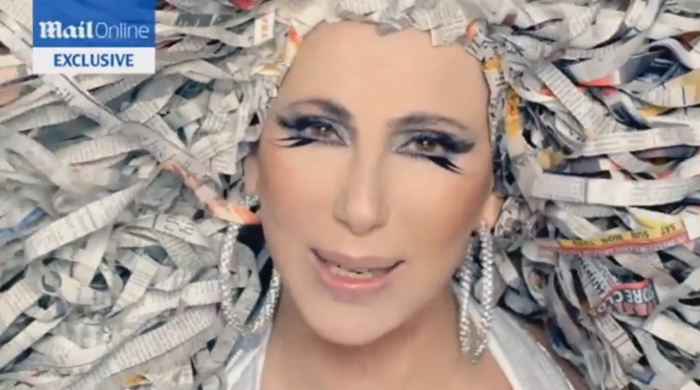 Cher Video Oficial A Woman´s World