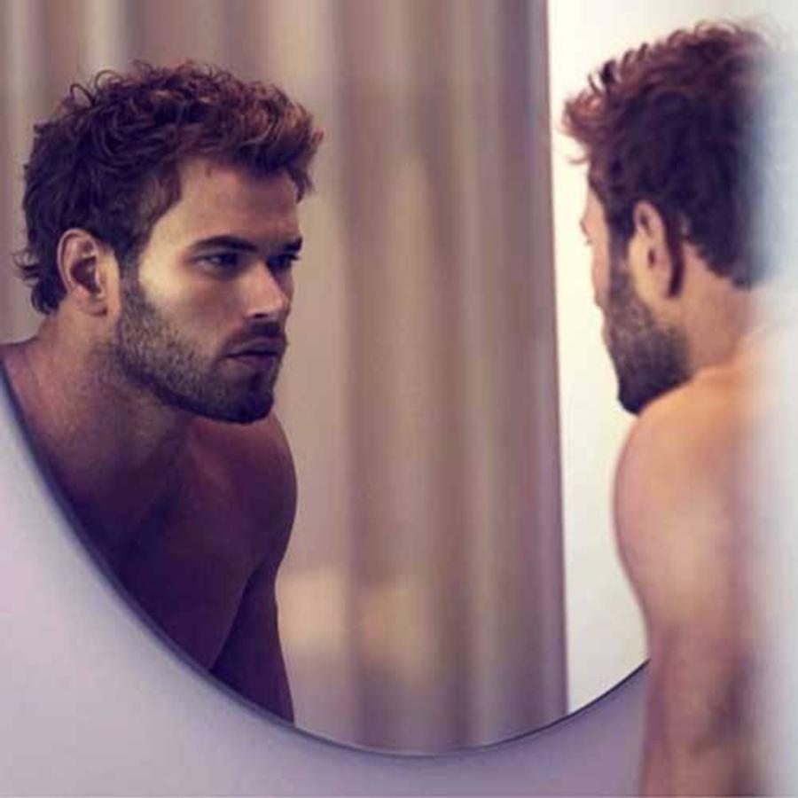 personalidad, espejo barba, hombre en el espejo