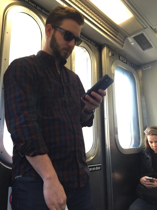 Guapetones en el metro