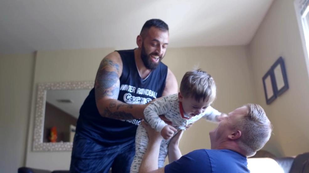 Familia Homoparental Video