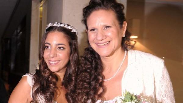 primer matrimonio de lesbianas judias en latinoamerica