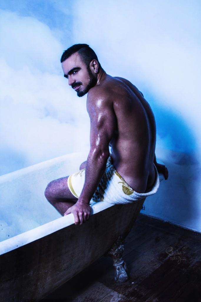 Salvador Nunez, blogger gay, vlogger gay, fotografía gay