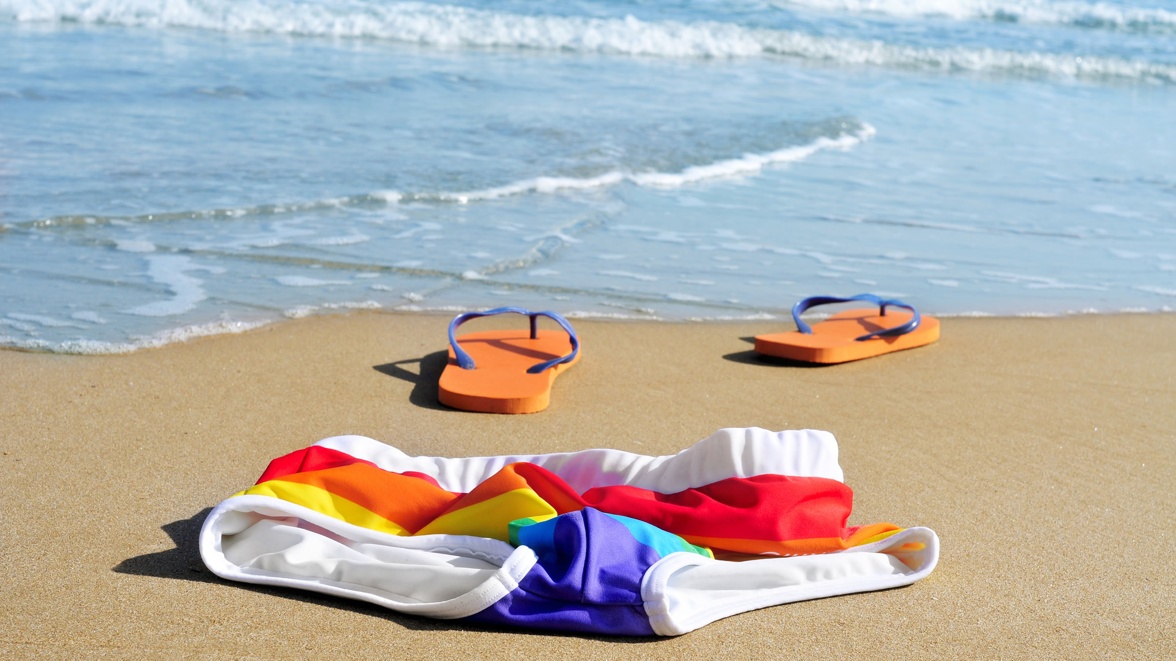 tirisnmo gay, vacaciones gay, playas gay, turismo lgbt