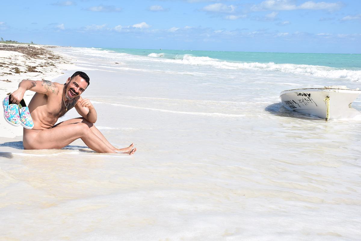 turismo lgbt en la riviera maya, gay travelers guide- salvador nunez footwear