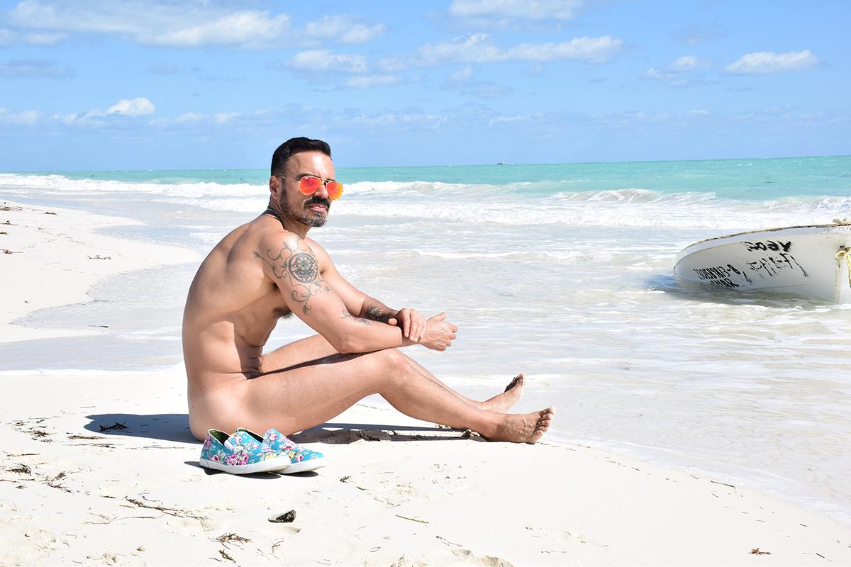 turismo lgbt en la riviera maya, gay travelers guide- salvador nunez